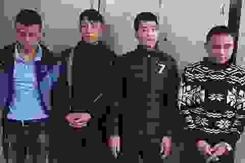 Hà Nội: Lộ diện nhóm đánh giày theo kiểu trấn lột