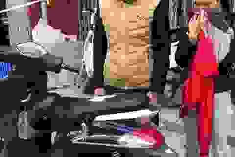 Hà Nội: Đôi nam nữ vừa mua ma túy xong thì bị 141 bắt