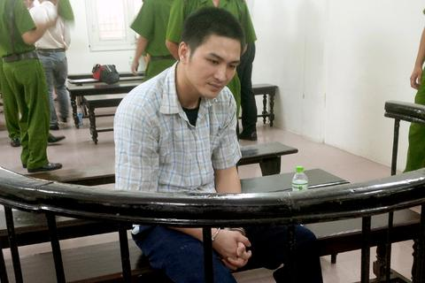 Hà Nội: Tài xế kéo lê CSGT dưới đường lĩnh án 18 năm tù