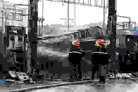 Vụ cháy cây xăng ở Hà Nội: Phun nước làm mát bể ngầm