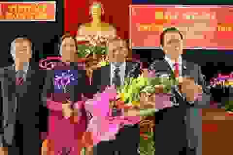 Ông Nguyễn Văn Hùng tiếp tục giữ chức Bí thư Tỉnh ủy Kon Tum