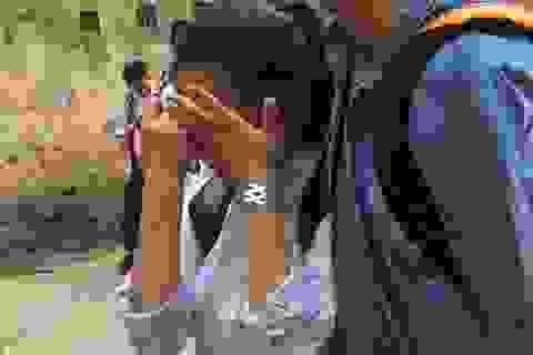 Thi lớp 10 THPT chuyên Hà Nội: Thí sinh khóc nức nở vì môn Hóa