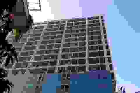 Yêu cầu lập phương án phá dỡ phần vi phạm tòa nhà 8B Lê Trực