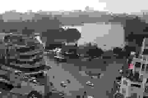 """Nới """"giờ giới nghiêm"""" diện mạo phố cổ quanh hồ Hoàn Kiếm thay đổi thế nào?"""