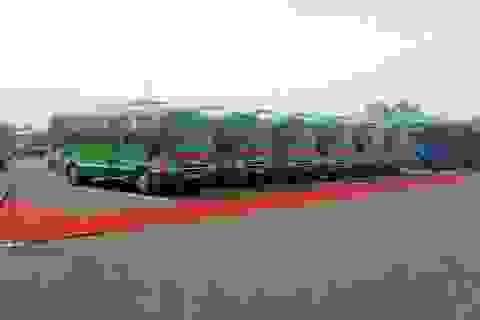 Hà Nội khai trương 2 tuyến xe buýt phát wifi miễn phí