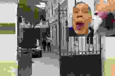 Hà Nội cách chức cán bộ Sở Ngoại vụ