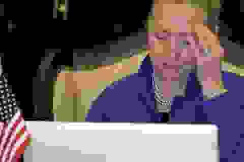 Hơn 300 email cá nhân của Hillary Clinton chứa thông tin tuyệt mật