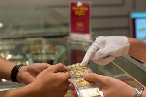 Cấm ngân hàng sử dụng trái phép vàng giữ hộ