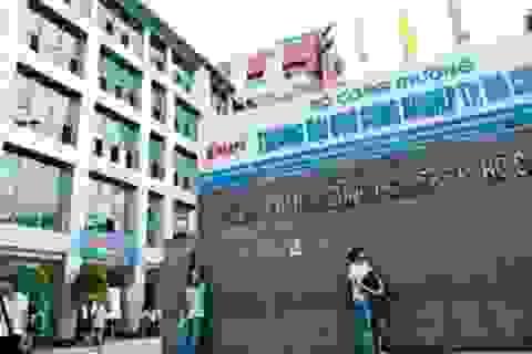 """Tổ chức thi """"chui"""" môn Tiếng Anh, giảng viên ĐH Công nghiệp TPHCM bị khởi tố"""