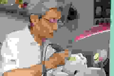 Thành nghệ nhân nhờ điêu khắc vỏ trứng tặng vợ