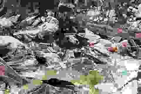 Vụ chôn hàng trăm tấn thuốc trừ sâu: Không khởi tố vụ án (!)