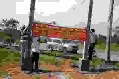 Thủy sản Sông Hậu bị nông dân căng biểu ngữ đòi nợ