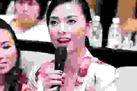 Ngô Thanh Vân xinh đẹp và cá tính với Vest hoa