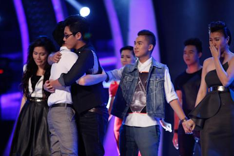 Vietnam Idol chia tay Anh Quân