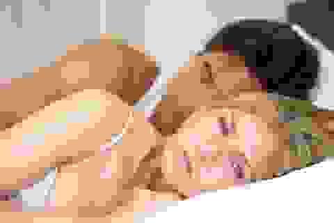 Mất ngủ ảnh hưởng đến tình cảm lứa đôi