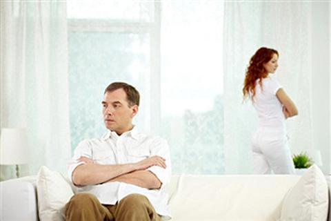 Khổ vì chồng ghen