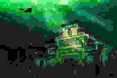 Sửng sốt với vẻ đẹp huyền ảo của thị trấn dưới nước