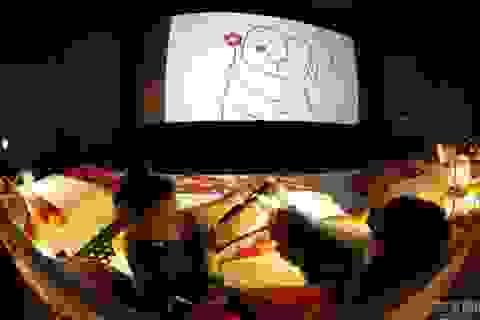 Nga: Mang giường ngủ vào rạp chiếu phim