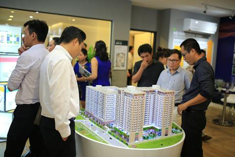 """Thị trường bất động sản TPHCM: Khát căn hộ giá """"mềm"""""""