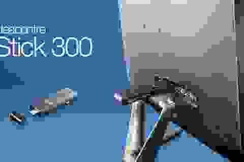 """Lenovo ra mắt máy tính """"tí hon"""" với kích cỡ một chiếc USB"""