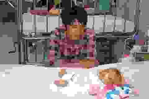 Gần 26 triệu tiếp tục đến với bé gái bị liệt nửa mặt