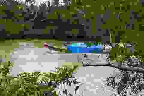 7 người chết và mất tích vì chìm xuồng giữa dòng nước xoáy