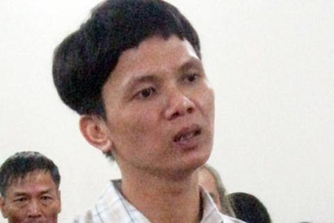 Hà Nội: Gã si tình phóng hỏa giết người, cứa tay tự sát