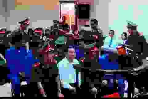 Luật sư trình chứng cứ gỡ tội tham ô cho Dương Chí Dũng