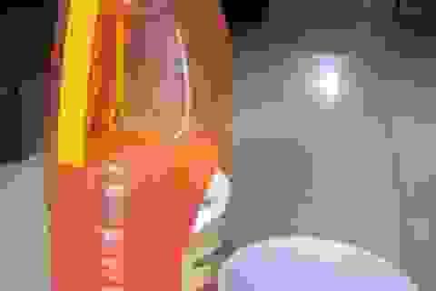 Nhận diện nước mắm, tương ớt có độc