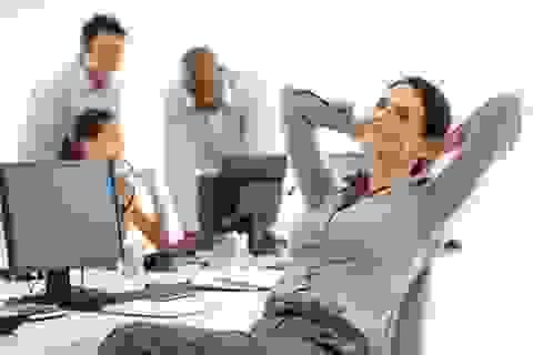 Những thói quen hữu ích để giữ sức khỏe nơi công sở
