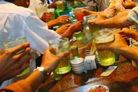 Người Việt tiếp tục phá kỷ lục về... uống bia