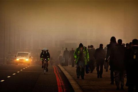 Thành phố ô nhiễm làm tăng nguy cơ bệnh tim