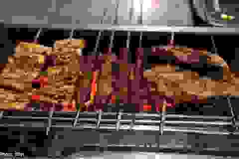 Khói từ thịt nướng: Nguy hiểm cho cả người bán và mua!