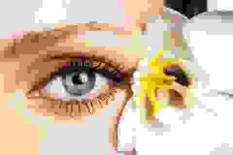 """5 vật """"bất ly thân"""" giúp chị em có đôi mắt khỏe đẹp"""
