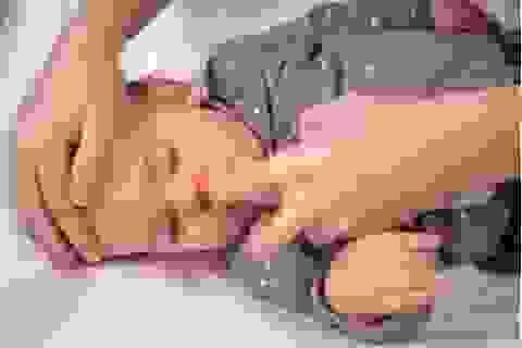Nước biển sâu Nasomom®4 và triệu chứng viêm mũi của trẻ