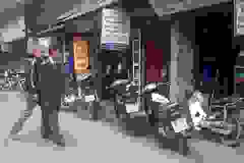 """Hà Nội: Hoang mang vì bị """"khủng bố"""" bằng bom xăng, bom bẩn"""