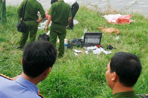 1 người tâm thần chết trôi trên sông Hương