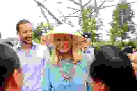 Thái tử kế vị Na Uy và Công nương lần đầu thăm Huế