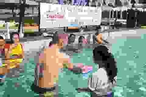 1.200 học sinh được dạy bơi an toàn