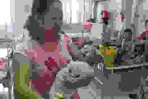 Cứu sống cháu bé 2 tháng tuổi không có hậu môn, suy tim nặng