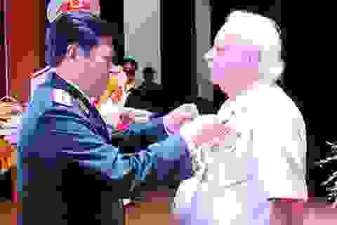 Chuyện về người anh hùng Hy Lạp của Quân đội Nhân dân Việt Nam
