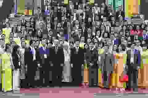 Chủ tịch nước gặp mặt 130 doanh nhân tiêu biểu
