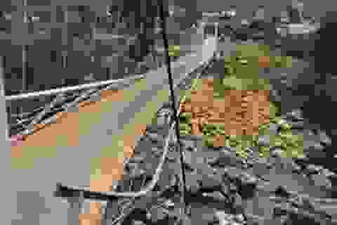 41 người đi đưa tang gặp nạn trong vụ sập cầu