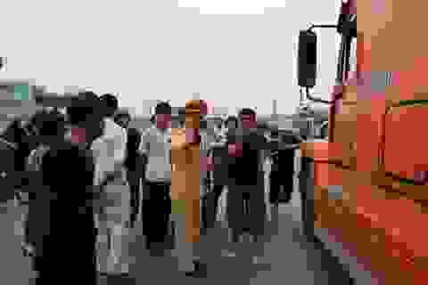 Trạm cân xe bị phá tan ngay ngày đầu ra quân
