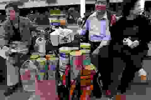 Trung Quốc thu gom thực phẩm khắp thế giới