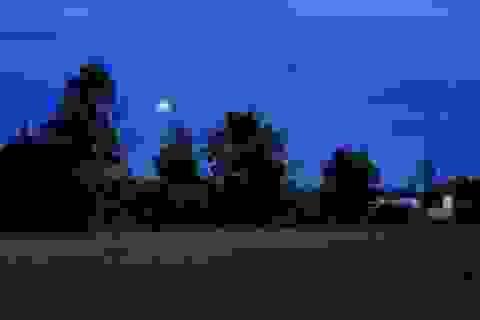Nửa đêm trốn vợ đến nhà tình cũ... xông đất
