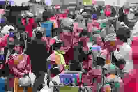 Chợ Cán Cấu phiên cuối năm