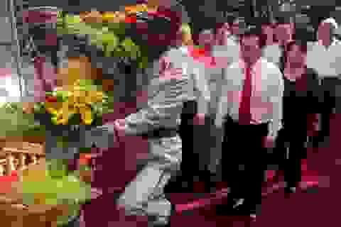 Trang nghiêm lễ kỷ niệm 125 năm Ngày sinh Chủ tịch Hồ Chí Minh