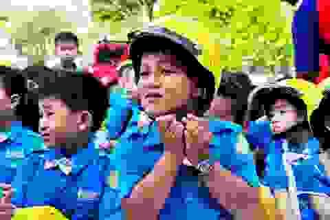"""Phát động chiến dịch """"Mũ bảo hiểm cho trẻ em"""""""