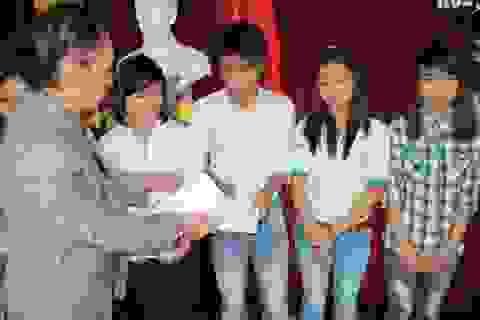 20 SV Huế học giỏi vượt khó được nhận học bổng Chung-Soo